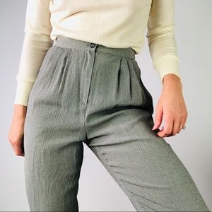 [vintage] High Rise Pleat Front Tapered Leg Pant